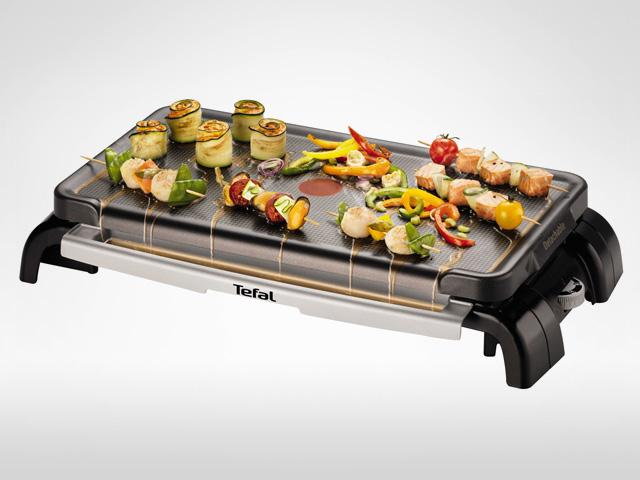 barbecue electrique avec plancha agencement de jardin. Black Bedroom Furniture Sets. Home Design Ideas