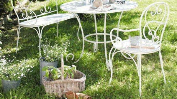 Table de jardin en fer pas cher agencement de jardin aux - Table de jardin tresse pas cher ...